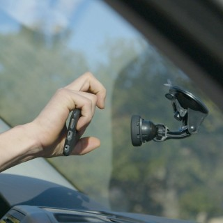U.FIX windscreen smartphone mount